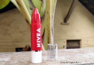 Nivea Coloron Crayon Pop Red review, Nivea Coloron Crayon Pop Red swatch, Nivea Lip crayon review, Nivea crayon review, Nivea lip crayon red, Lip crayon review, cheap lip crayon